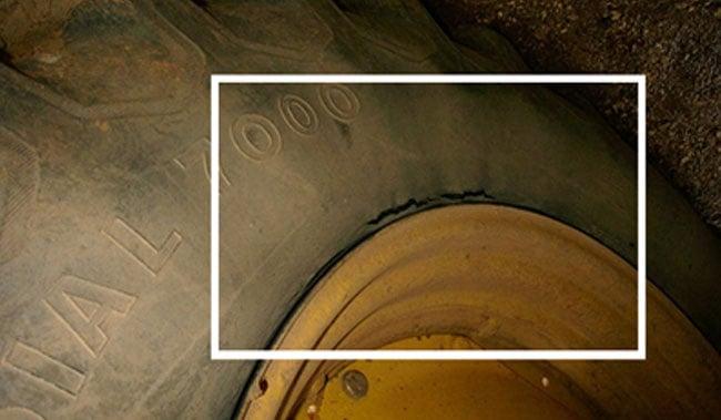 sous-gonglage du pneu de tracteur