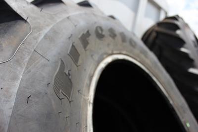 Crampons du pneu